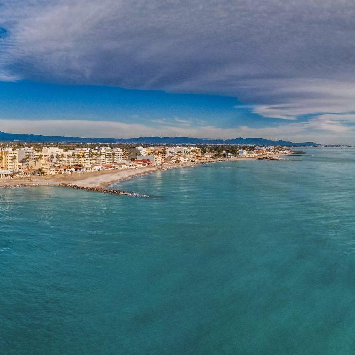 Skyline de la playa de Nules