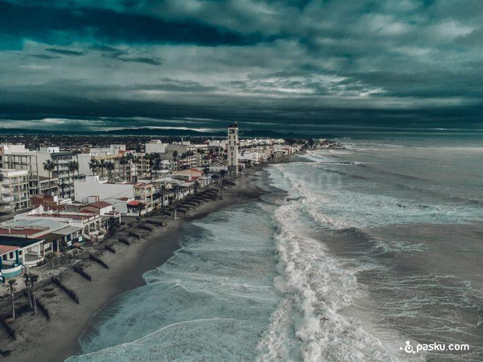 Tormenta maríítima a vista de dron